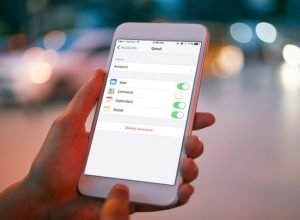 How To Delete Emails On iPhone